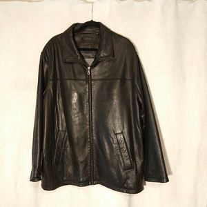 Roundtree and Yorke Black Leather jacket RN 58909
